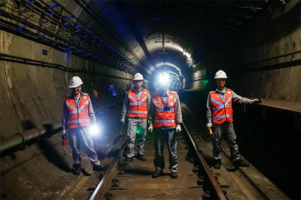 Nanjing-Metro-Tunnel-Patrol